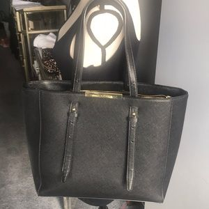 Tahari Black pebbled faux Leather Tote EUC